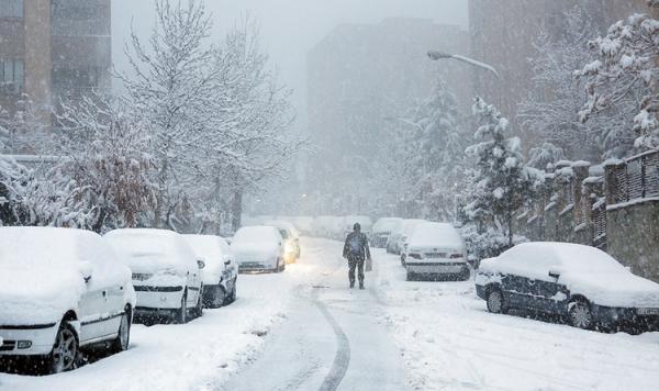بارش برف و وقوع کولاک در چهار استان