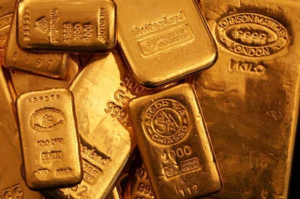 افت دلار؛ صعود طلا به بالاترین سطح سه ماهه